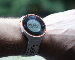 Спортивные часы с пульсометром шагомером и тонометром
