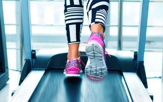 Кроссовки для тренировок на беговой дорожке