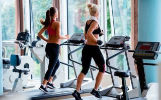 Как правильно составить программу тренировки на беговой дорожке?
