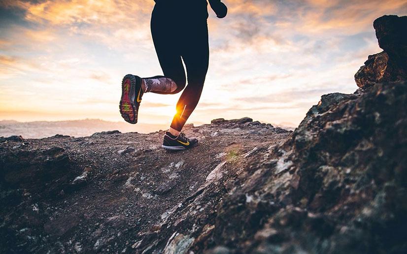 Работа и положение ног во время бега