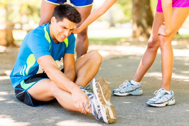 Какие болезни вызывают боль в ногах ниже колена после бега?